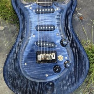 SOLD   Anu Guitar Super light  (order one like this)