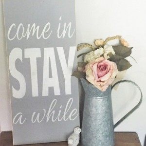 Come in stay a while - Distressed Wood Sign, Home Decor Sign, Living Room Decor, Fixer Upper Sign, Wood Art Sign, Entryway Decor