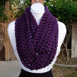 INFINITY LOOP SCARF  Vibrant Dark Solid Purple, Extra Soft Thick Crochet Knit Winter Circle Eternity Ring Cowl..Ready to Ship in 2 Days