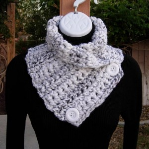 Large NECK WARMER SCARF Buttoned Cowl White Black Gray Grey Striped, Soft Wool Blend, White Buttons, Thick Winter Crochet Knit Ready to Ship in 2 Days