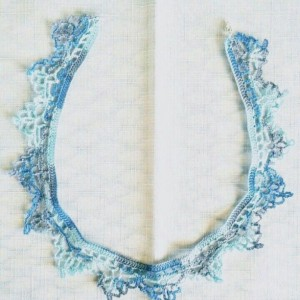 "NeckLACE in Artic Waters Blue (17"")"
