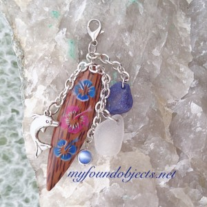 By the Sea, Catch a Wave Sea Glass Dangle Purse Charm