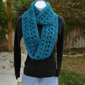 Infinity Loop Scarf, Bright Turquoise Teal Solid Blue, Extra Soft Crochet Knit Winter Eternity Circle Cowl..Ready to Ship in 2 Days