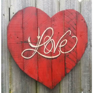 Valentine Shabby Chic Handmade Reclaimed Pallet Wood LOVE Heart Wall Hanging Distressed