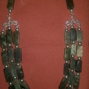 Trilayer Serpentine necklace