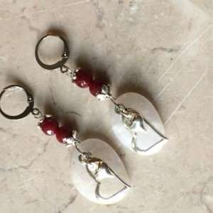 White quartz earrings & faceted garnet stone