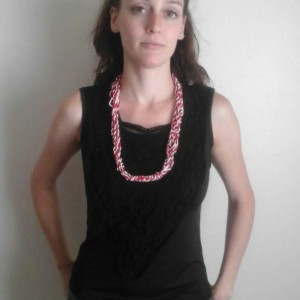 Lacey Cornsilk Necklace in Red & White