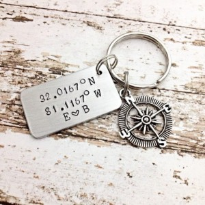 Gifts for couples, anniversary gift, Personalized Coordinate key chain, Custom Coordinates, Coordinate keychain, Longitude Latitude jewelry