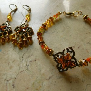 Amber color crystals bracelet /earrings set using bronze color flower connectors #BES00120