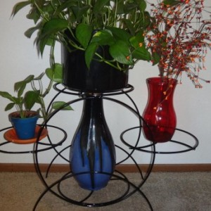 Indoor outdoor metal plant flower stand