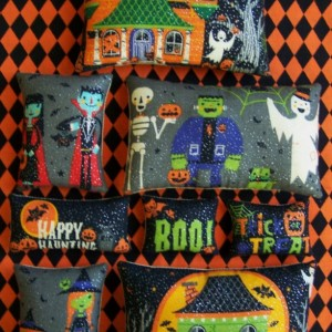 Set of 8 Primitive Halloween Trick or Treat Ornies Tucks Bowl Fillers Shelf Sitters Handmade Non Candy Gift