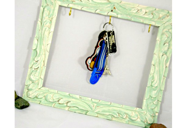 Vintage Frame Key Holder