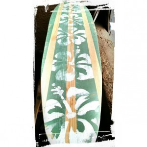 Distressed - Hibiscus - Hanging Wall Surf Board Sign - green