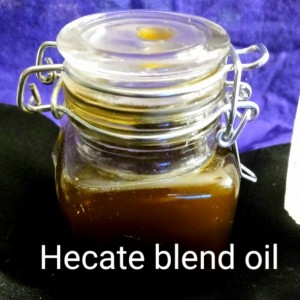 Hecate oil