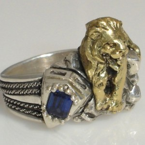 10 K gold New York Library Guardian Lion Saphire sterling silver ring
