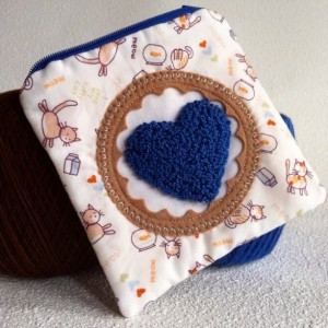 Little kitten love zipper pouch with needle punch embroidery