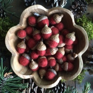 Felted wool acorns, Brick Red, wholesale casepack of 50