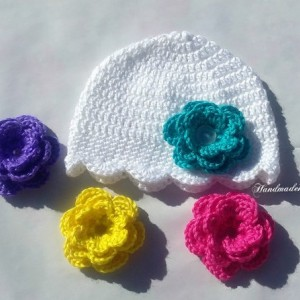 crochet baby hat,hats for baby girls,baby girl gift,hats with flowers,handmade gift,handmade items,little girl gifts,girls crochet hats,hats