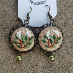 emroidered green earrings