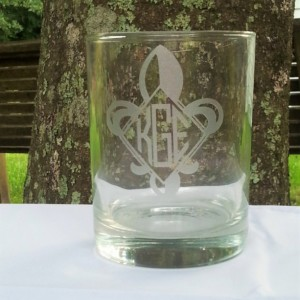 Fleur De Lis Monogram Cocktail Glass, Etched Wine Glass, Etched Beer Glass Diamond Shape Monogram