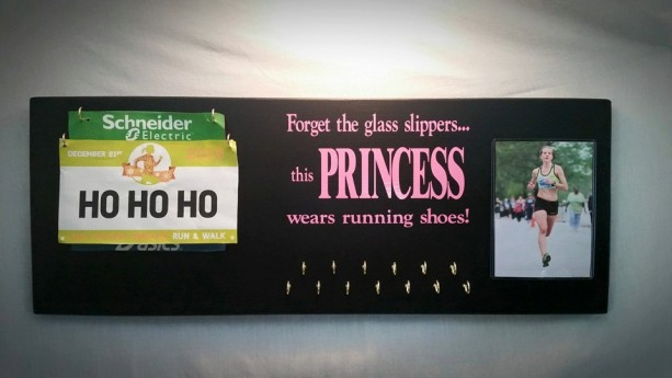 Race Medal Holders, Race Bib Holders, Race Bib Holder, Race Plaques, Mother's Day Gifts, Medal Holder, Medals, Race Medals, Medal Display