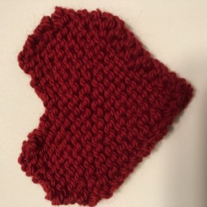 5 Hand knit Red hearts