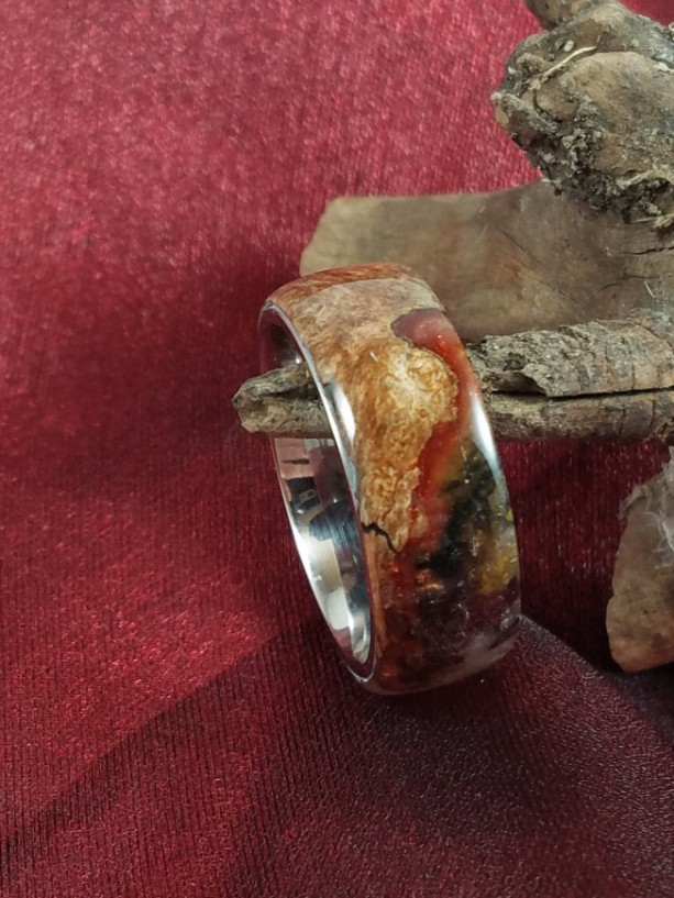 Size14 Stainless Steel ring with beautiful burl wood comfort fit , enhanced by black, rust, and silver resin. A comfortable 10mm wide band