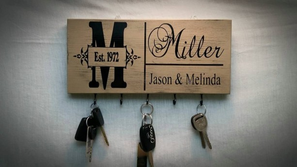 Key Holder, Mother's Day Gifts, Key Holder For Wall, Personalized Key Holder, Key Rack, Wall Key Holder, Hanging Key Sign, Keys, Gifts Ideas