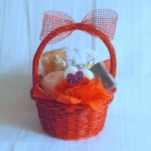 Kisses ~ Natural Soap & Soy Candle Gift Basket