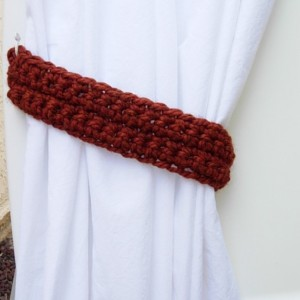 One Pair of Dark Burnt Orange Curtain Tie Backs, Rust Drapery Tiebacks, Spice Orange Holdbacks for Drapes, Simple, Basic Thick Crochet Knit, Ready to Ship in 3 Days