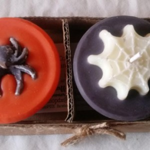 "Set of 2 handmade 3.5 oz soy wax ""Spiders and Webs"" candles"