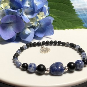 EMF Protection Shungite 925 Silver Lotus Charm Bracelet  |  Stress Relief |  Gift  |  Electronic Pollution  |  Cell Phone  |  Computer