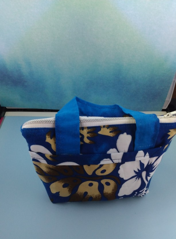 Little Zippered Purse, Bags, Purse with zipper, Purse with pockets, Child's bag, Bag for girls, Zippered purse,