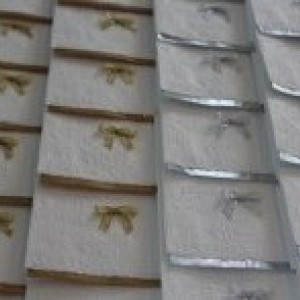 Guest paper towel (12 towels ) - Silver or Gold Paper Towel - Disposable Towel - Gold Towel - Silver Towel - White Towel - Guest Towel