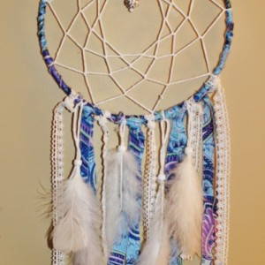 Blue Lagoon Paisley Boho Dream Catcher with Floral White Lace, White Feathers - Wall Hanging Home Decor with Purple and Blue Tones Paisley