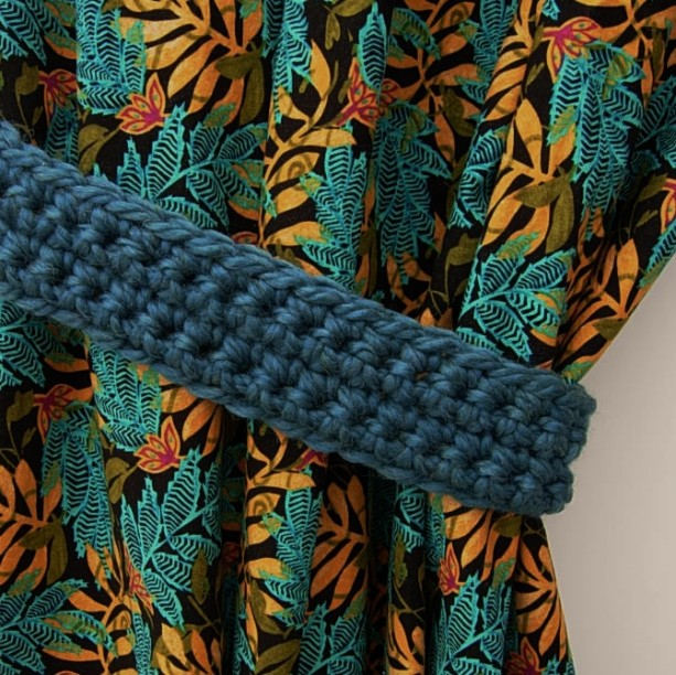 One Pair of Dark Teal Blue Curtain Tie Backs, Solid Green Blue Drapery Tiebacks, Basic, Simple Ties, Crochet Knit, Ready to Ship in 3 Days