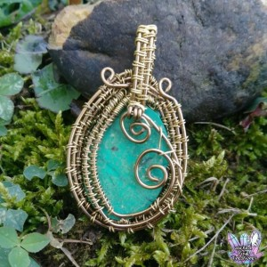 Malachite(Natural) Wire Weave Pendant / Czech Glass Bead Pendant / Natural Gemstone / Copper Wire Pendant / Festival Jewelry / Hippie Style