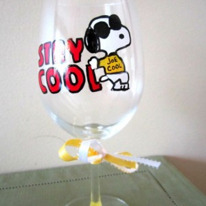 Painted Wine Glass Snoopy JOE COOL Keep Cool 12 oz.