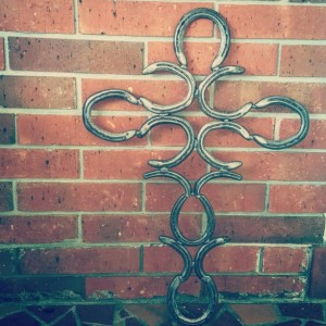 Rustic Horseshoe Cross, Western Home decor, Religious art country chic, Barn wedding decorations, Country wedding decor, Handmade home decor