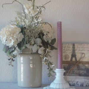 Mauve Rolled Honeycomb Beeswax Candles