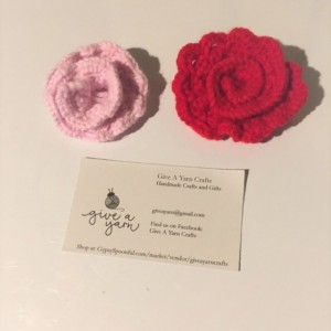 Knit Rose Flower Accessory Set of 4 by Give A Yarn Crafts