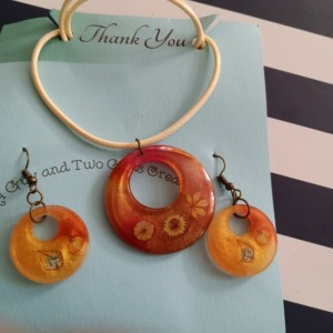 Holiday necklace earring set