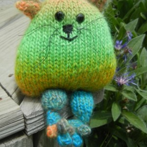 Knitted Cat, Hand Knit Kitten, Rainbow Toy, Knitted Kitten Toy, Hand Knit Toy, Stuffed Animal, Cats, Soft Toy, Home Decor, Nursery Decor