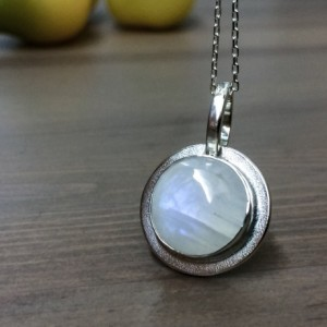 Moonstone Necklace. Rainbow Moonstone Necklace. Silver Necklace. Moonstone Jewelry.