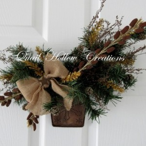 Rustic Christmas Wall Pocket Floral
