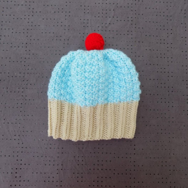 Toddler Knit Cupcake Hat - Blue
