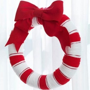 Wrapped Candy Cane Holiday Yarn Wreath