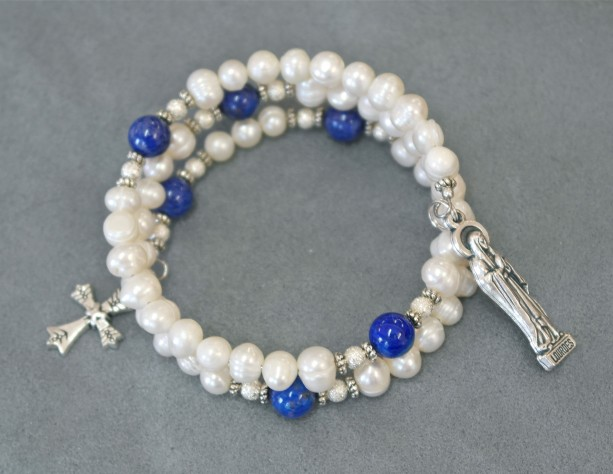 White Freshwater Pearl and Turkish Lapis Rosary Bracelet