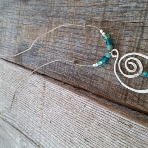 Sea Glass Silver Swirl Pendent Necklace