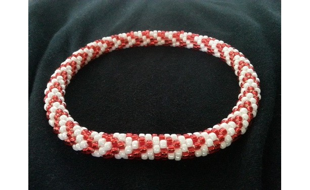 Zigzag Design Beaded Necklace for Dogs